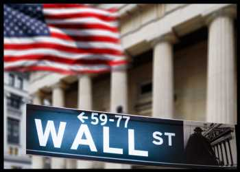 Dow, S&P 500 Reach New Record Intraday Highs, Nasdaq Nearly Unchanged