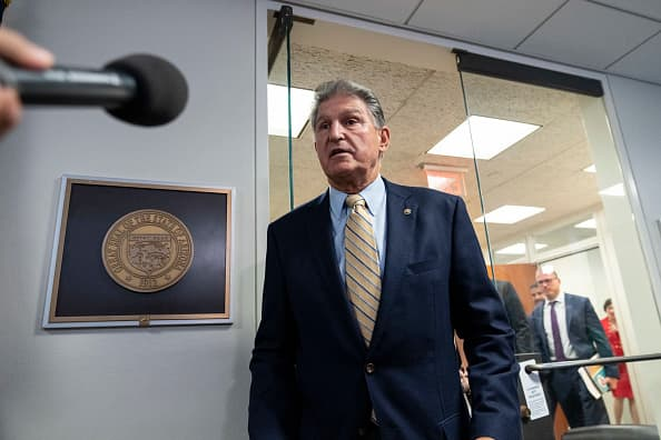 Joe Manchin 'deeply concerned' about Fed's easy-money policy, urges Powell to taper