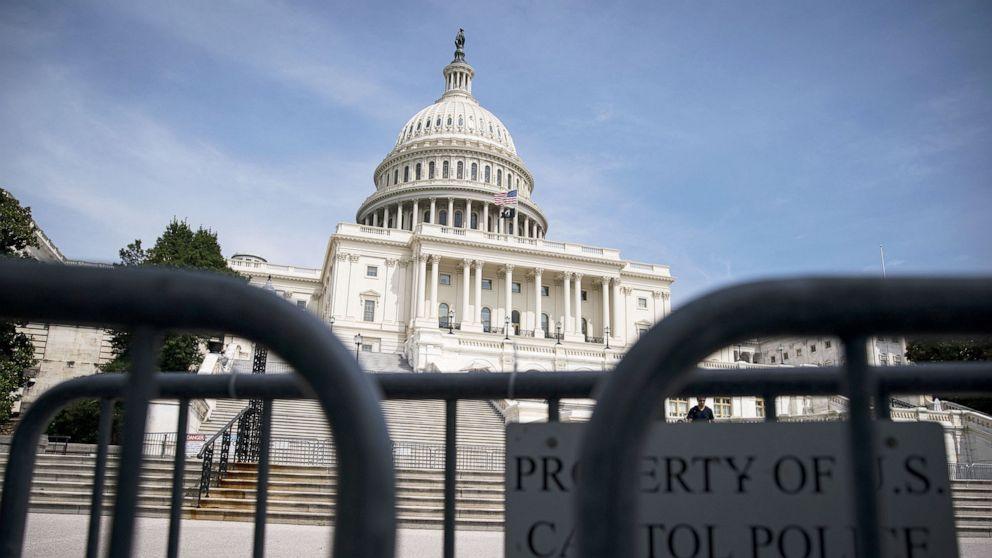 Senate advances bipartisan infrastructure bill in key test vote