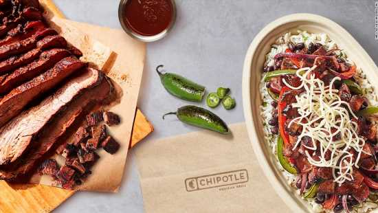 Chipotle raises its average pay wage to $15 per hour