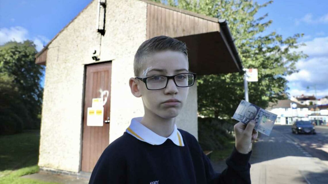 Mum 'disgusted' as son, 11, is forced to walk two miles to school after bus driver 'refuses his £5 note'