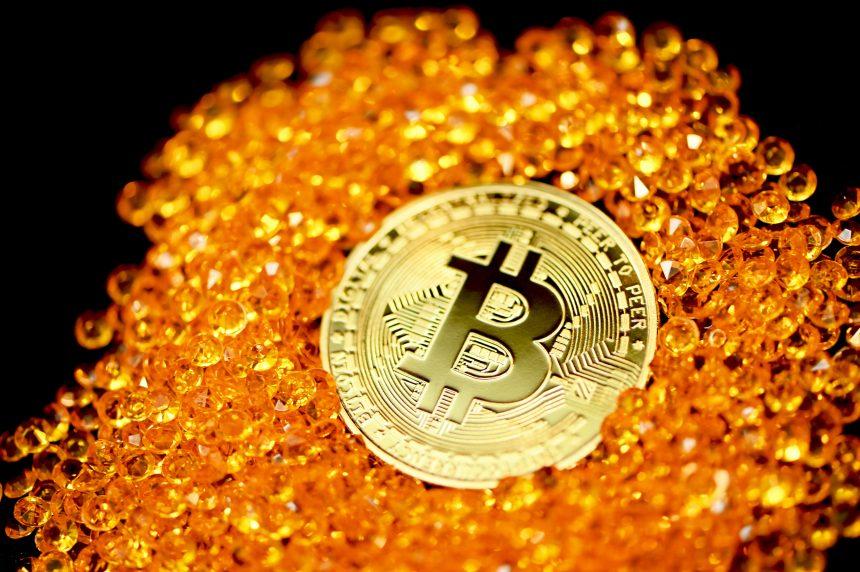 Quant: Bitcoin Indicators Now Look Similar To Q4 2020, Big Move Ahead?