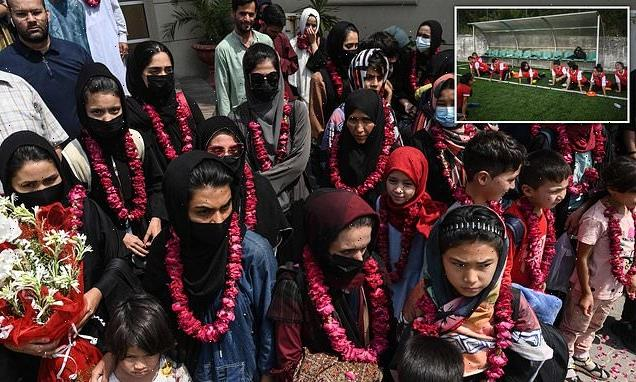 Afghan girls' football team will be allowed into UK: