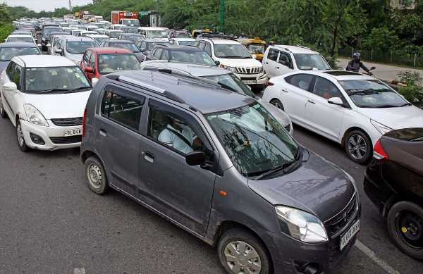 Carmakers stare at nearly 500,000 units of booking backlog