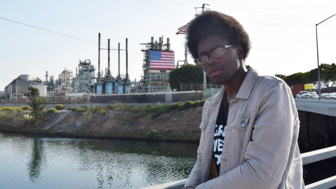 'Ground zero for pollution:' In this L.A. neighborhood surrounded by oil refineries, residents grapple with health issues
