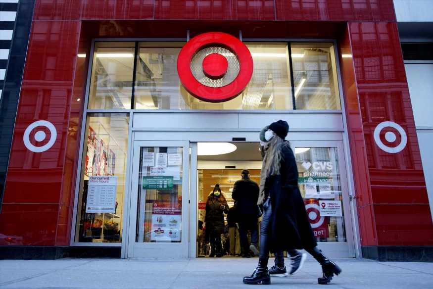 Target will pay employees an extra $2 an hour for peak days of holiday season