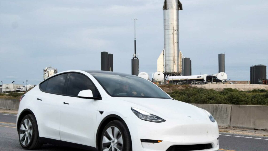Tesla moves headquarters from California to Texas