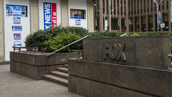 Video of Fox News' studio paints a different picture than what hosts say on TV